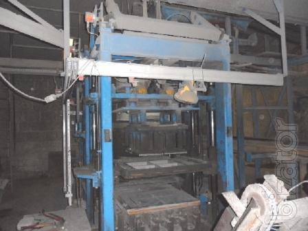 Used concrete block machine