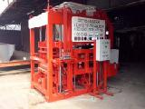 Equipment for the manufacture of blocks