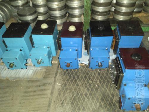 станция смазочная многоотводная лубрикатор СН5М: 31-04-2, 32-04-2, 31-04-5, 32-04-5, 32-04-8, 41-08, 41-12