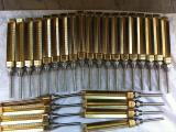 Термометры : Виброустойчивые газовые 0-600С и водяные  0-120С.