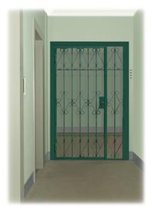 Тамбурные двери - Тамбурная решетчатая дверь!